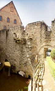 Meisenheim am Glan / Ansicht Stadtmauer mit Durchgang